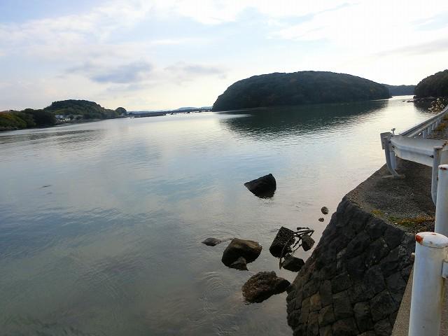 寺島宗則の生家の目の前にある寺島です。