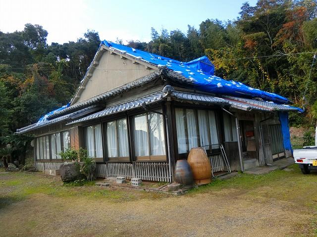 寺島宗則の生家には台風の被害。