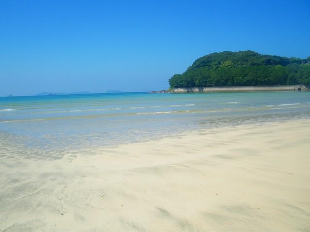 阿久根の脇本海水浴場です。