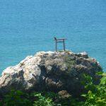 光礁(ひかるぜ)は阿久根の戸柱公園から見えた。