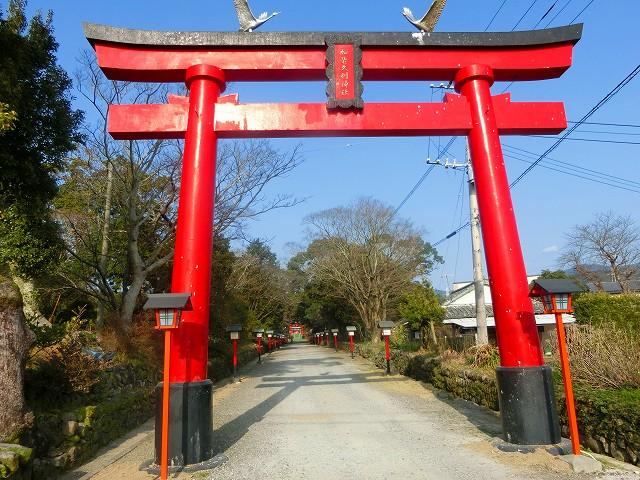 米ノ津に鎮座する加紫久利神社に参拝しました。