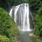 鹿児島県姶良市の龍門滝は日本の滝百選にも選ばれた薩摩の名所です。