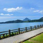 鹿児島県指宿市にある九州最大のカルデラ湖の池田湖に立ち寄りました。