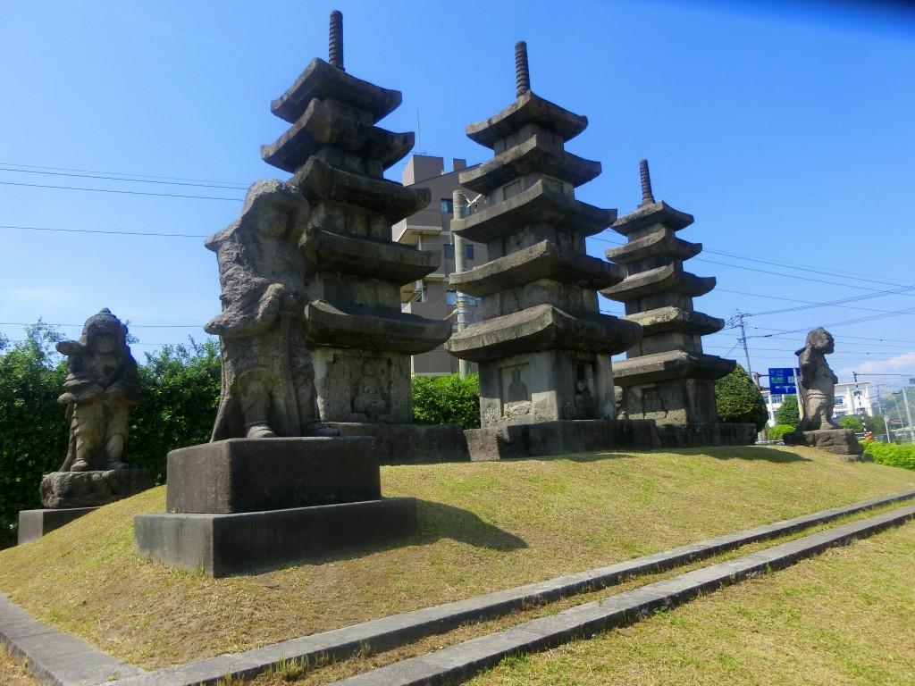 霧島市隼人町の隼人塚に行ってきました。