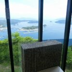 長島町にある針尾公園のビューポイントはガラス張りの空中展望トイレ。