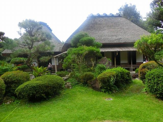 二階堂家住宅は国の重要文化財です。
