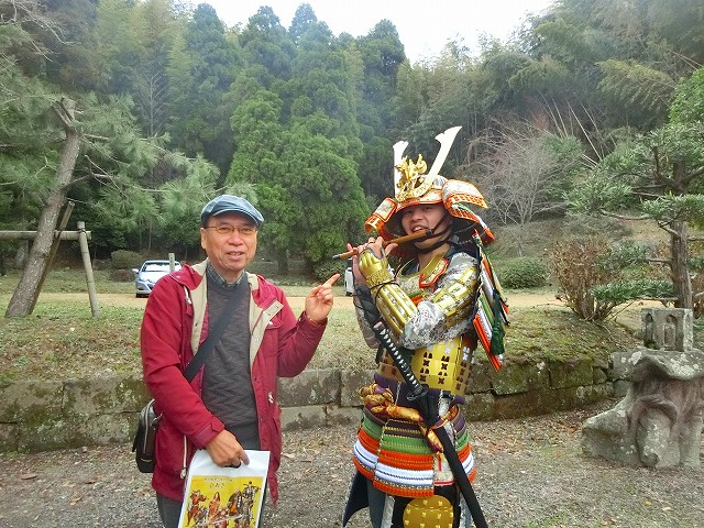 島津の武将が横笛で歓迎してくれました。