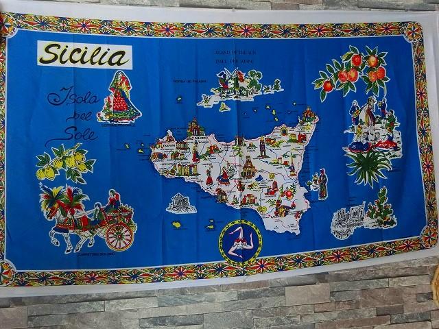 シチリア島の地図がありました。