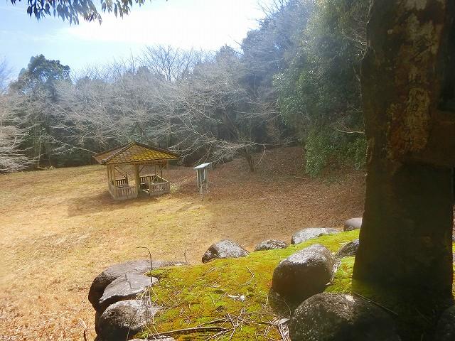 横川城址碑で戦国時代に思いを馳せました。