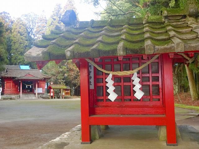 勝栗神社の門守神社です。