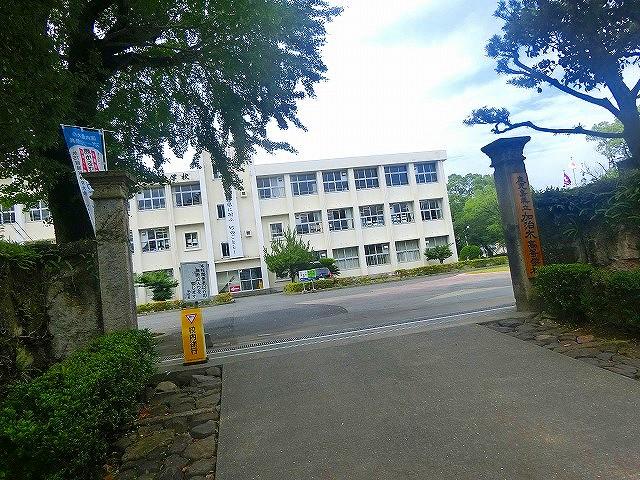 加治木高校も敷地の一部、島津家屋形は広かった。