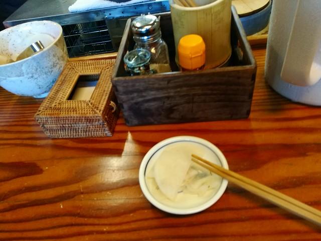 鹿児島ラーメンには漬物が必ずつきます。