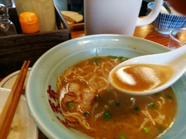 天天有さんのスープはコクがあります。