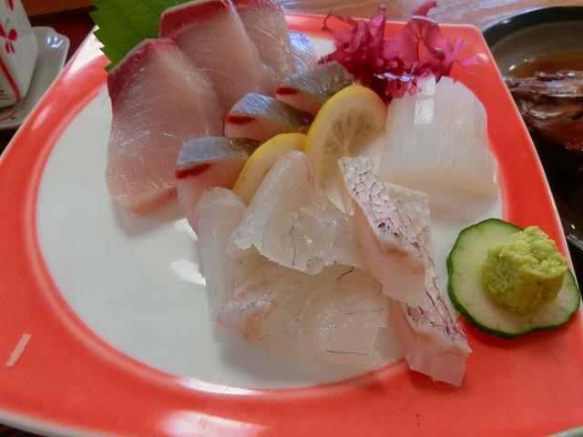 長島で獲れた海の恵、新鮮そのもの。