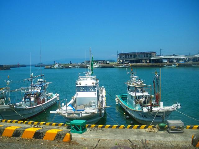 阿久根港にはお勧めのお店が二つ。