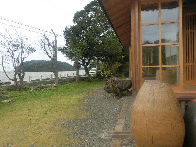 寺島が見送っているようでした。