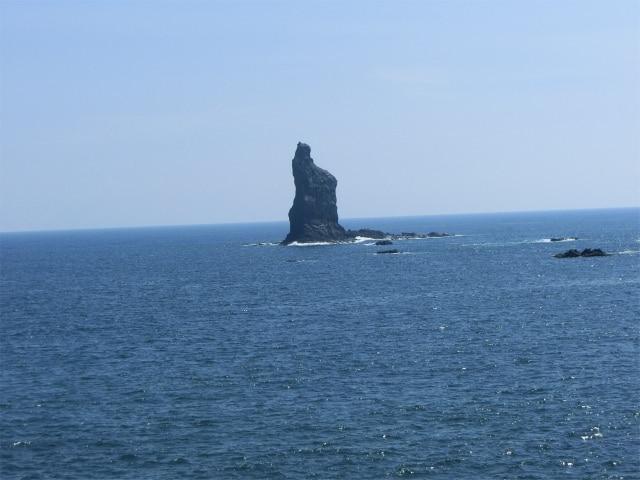 高さ47mの立神岩も神話の雰囲気ですね。