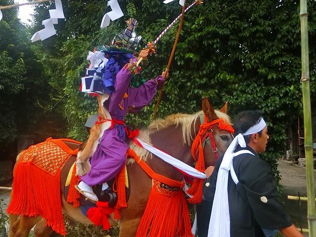 四十九所神社の流鏑馬です。