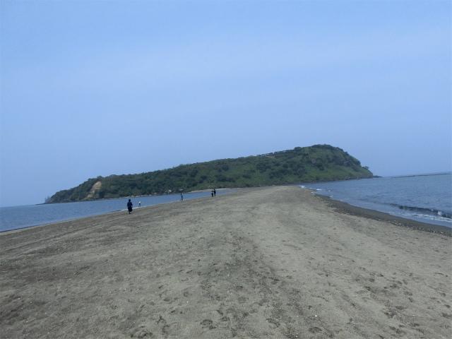 知林ヶ島に渡るちりりんロードです。