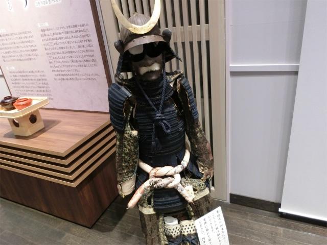 出水麓の武士の鎧も展示されます。