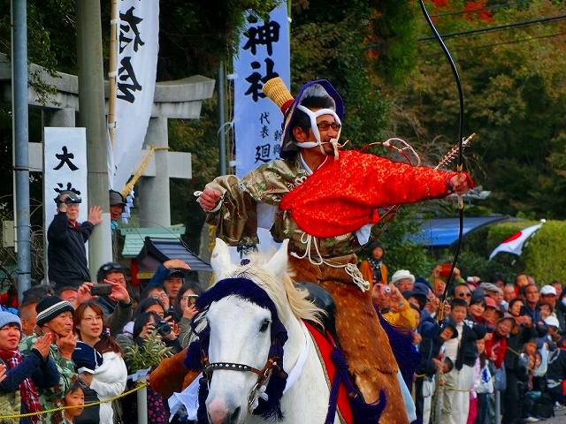 大汝牟遅神社の流鏑馬です。