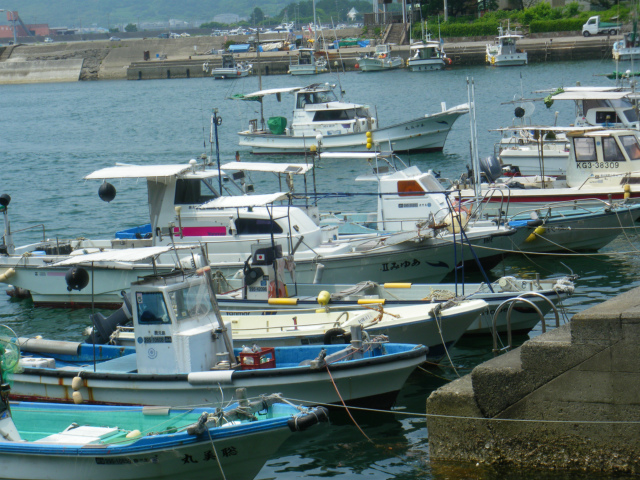 串木野長崎鼻は串木野漁港の横にあります。