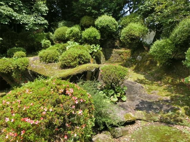 寺院庭園の平山氏庭園です。