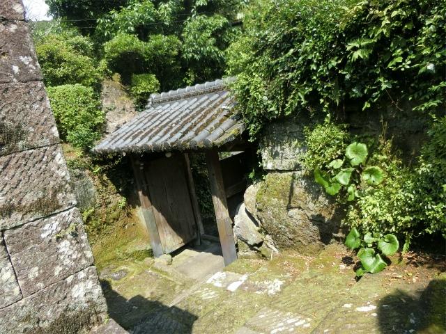 志布志麓の天水氏庭園の石段です。