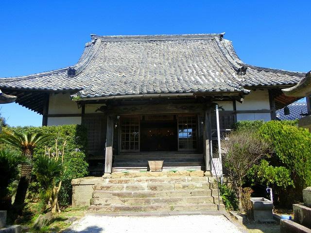 歴史的なお寺の泰平寺に行ってきました。