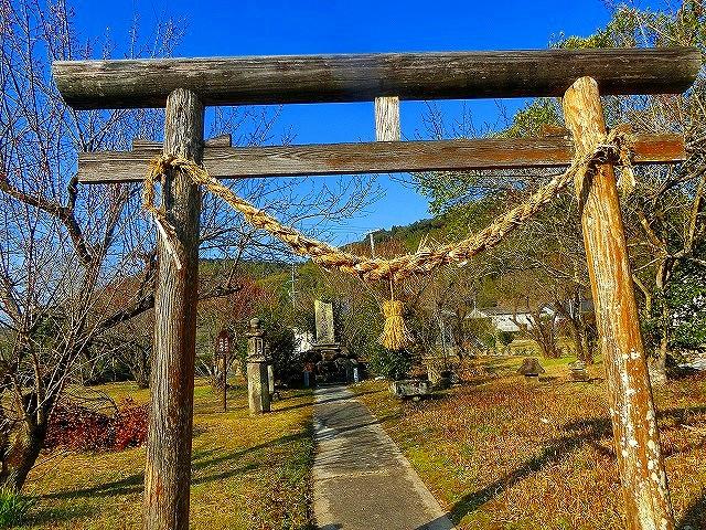 入来麓に鎮座する赤城神社にも出くわしました。