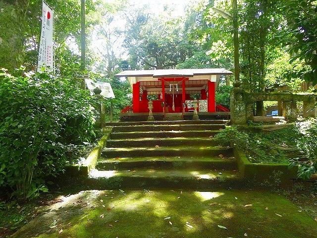 喜入旧麓の南方神社の杜はかごしま自然百選です。